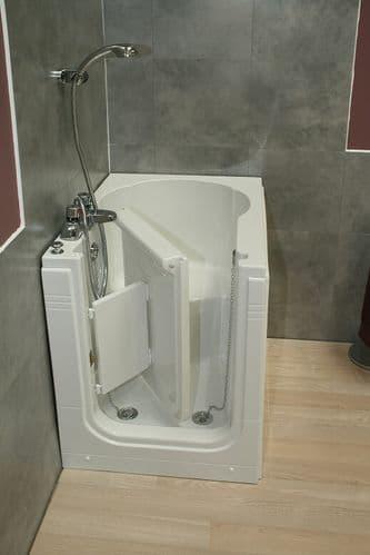 Maestro Easy Access Deep Soaker Walk In Bath 900mm x 650mm